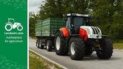 Bauer Michael entdeckt die neuen STEYR Traktoren